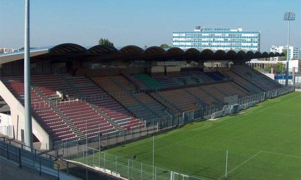 Марсилия продължава битката за място в Шампионската лига