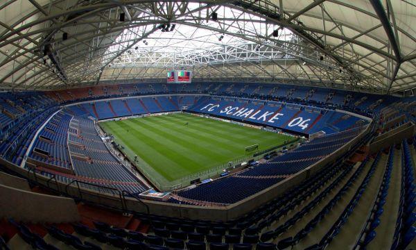 Порто ще надвие Шалке в Германия