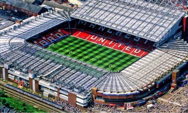 Ман Юнайтед ще надвие Астън Вила на Олд Трафорд