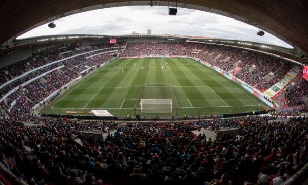 Прага отново ще затрудни Арсенал