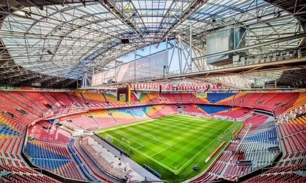 Нидерландия ще тръгне с успех над Полша